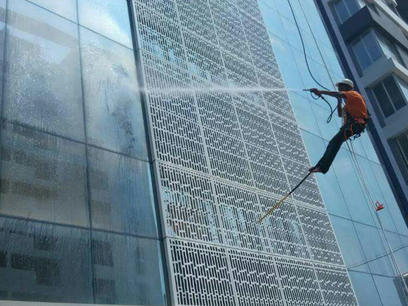 glass cleaning services vadodara - Glass Cleaning