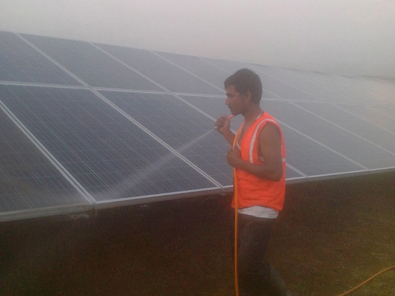 solar cleaning11 - Solar Cleaning
