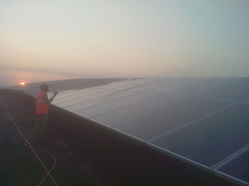 solar cleaning12 - Solar Cleaning